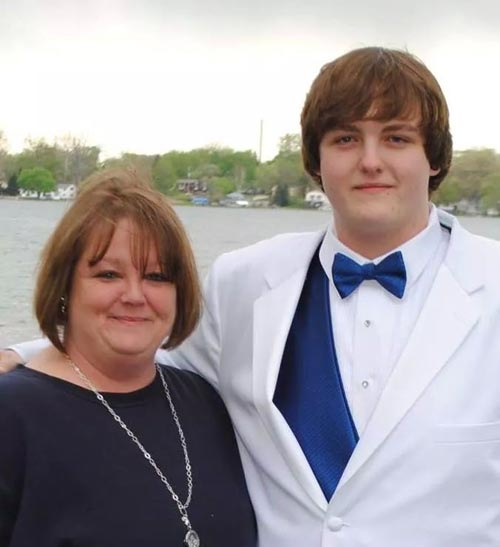 DANYEL HOUSNER AND HER SON